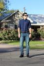Black-leather-aldo-shoes-blue-denim-american-eagle-jeans