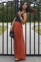 tawny maxi Marshalls skirt - black tank top Express top