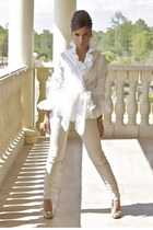 white ruffles Ralph Lauren blouse - beige fitted Ralph Lauren pants