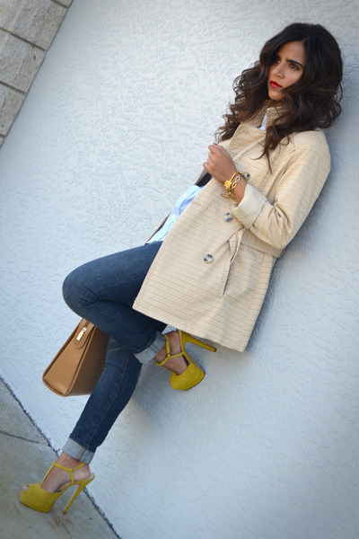 yellow t strap shoemint pumps - tan Johnston & Murphy coat - navy Guess jeans