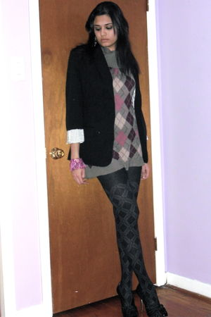 black H&M jacket - black Ardene tights - black Guess shoes