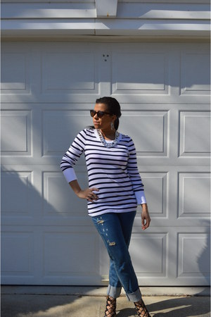 navy boyfriend jeans truck jeans jeans - white stripes Old Navy top
