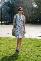 white floral Diane Von Furstenburg dress - green crochet the sak purse