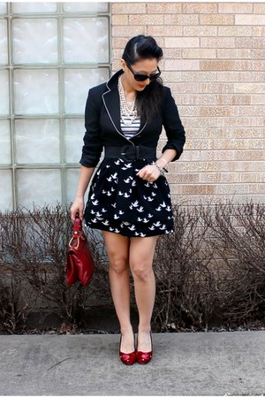 black bird print Forever 21 skirt - black Moschino blazer