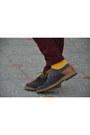 Mustard-zara-socks-heather-gray-zara-shoes-white-zara-shirt