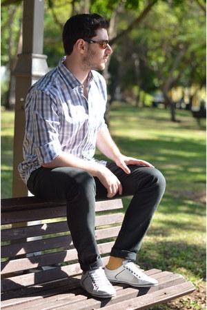 mustard Zara socks - heather gray Gap shirt - forest green Zara pants