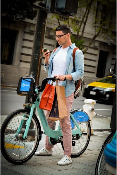 sky blue shirt - light pink Zara pants - white pull&bear sneakers