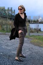 black slides mules Marc Fisher shoes - black unknown brand vest