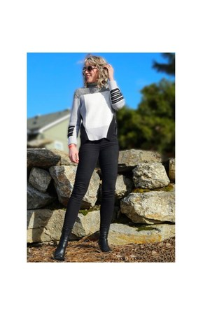black skinny jeans jeans - silver turtleneck sweater