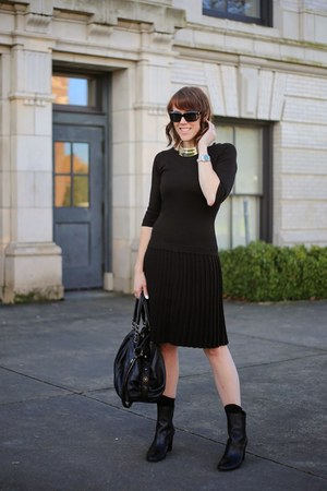 black knit Marc New York dress - black booties Tahari boots