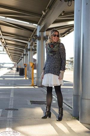 black fleece tights - white slip Dolce Vita dress - teal marled hinge sweater