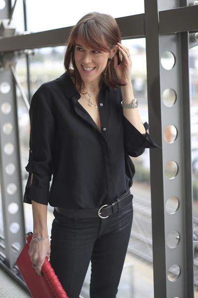 black skinny JBrand jeans - black button down DKNY shirt