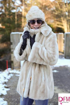 beige faux fur vintage coat - beige mink vintage hat