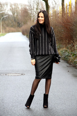 black Mango sweater - black Zara skirt - black Primark heels