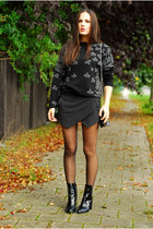 black Zara boots - charcoal gray Zara sweater - black H&M bag
