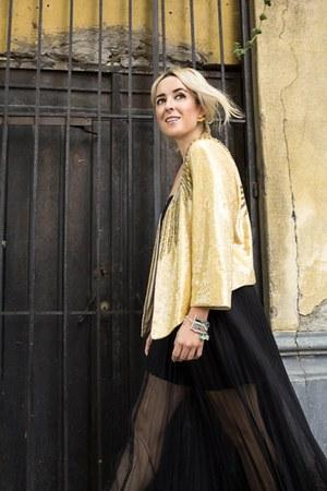 sequined rapsodia blazer - Bimba & Lola bra - united colors of benetton skirt