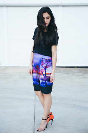 deep purple lake at sunset fate skirt - black silk Seed Heritage top