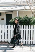 black duster Boohoo coat - black mira Minskat Copenhagen bag