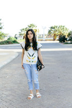 white arizona Birkenstock sandals - light blue drawstring Sheinside jeans