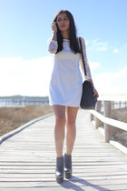 black platform Missguided boots - white lace PERSUNMALL dress