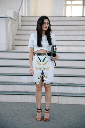 white oracle Ixiah skirt - black rodriguez Dylan Kain bag - white crop asos top
