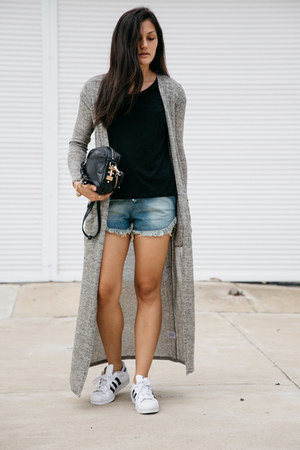 black tee Zara jacket - black rodriguez Dylan Kain bag