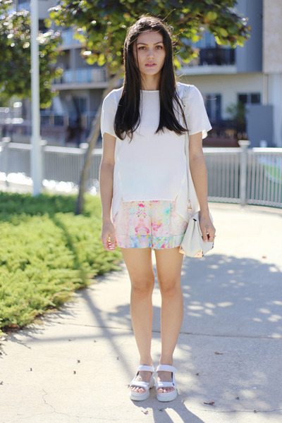 white mosaic floral Talulah The Label shorts - ivory silk Veronika Maine top