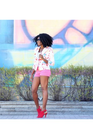 bubble gum short Seduction shorts - red peep toe Mta shoes