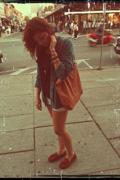 vintage sweater - Zara bag - old shorts - moccasins loafers