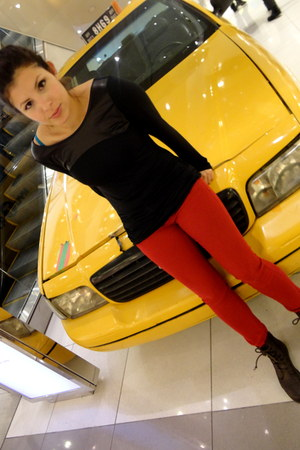 black top shirt - vintage boots - red pants pants
