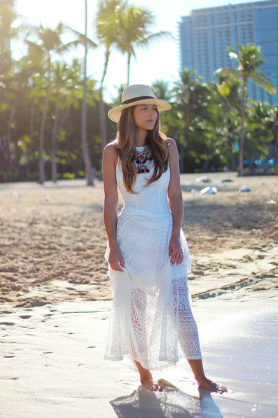 lace piperlime dress - panama hat Forever 21 hat - statement JCrew necklace