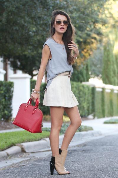 beige- black Charles David boots - grey H&M shirt - ivory vintage skirt