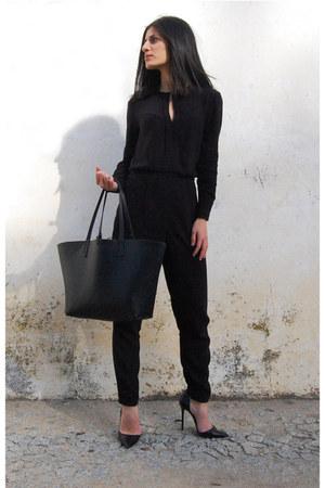 black Zara bag - black Mango jumper - Zara heels
