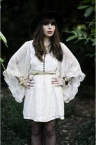 ivory threadsence dress - black vintage hat - gold JCrew belt