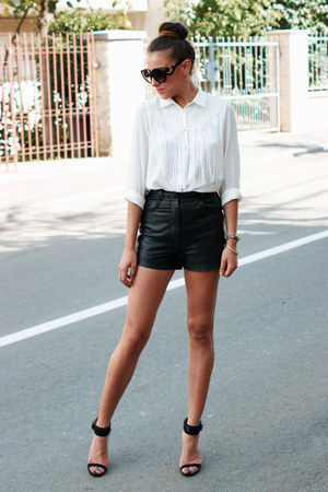 Zara shirt - H&M shorts - Prada sunglasses - Zara sandals