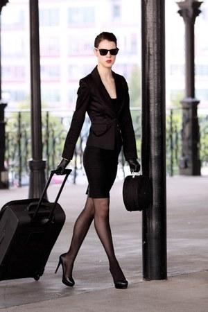 black blazer Temt blazer - Aldo heels - black pantyhose DKNY stockings