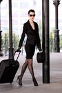 Black-blazer-temt-blazer-black-pantyhose-dkny-stockings-aldo-heels