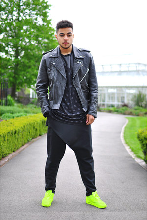black leather vintage jacket - black The Left bank by Hardy Punglia pants