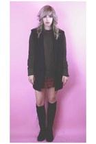 black vintage blazer - black vintage boots - olive green vintage sweater