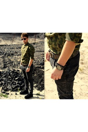 army green Zara shirt - black Ebay shoes - black River Island jeans