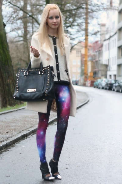 galaxy print Black Milk leggings - studded karen millen bag
