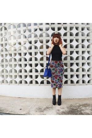 black boots H&M boots - blue a satchel mini bag - black Zara skirt