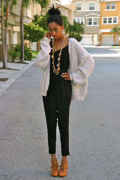 neutral thrifted sweater - tawny shoes - black Charlotte Russe top