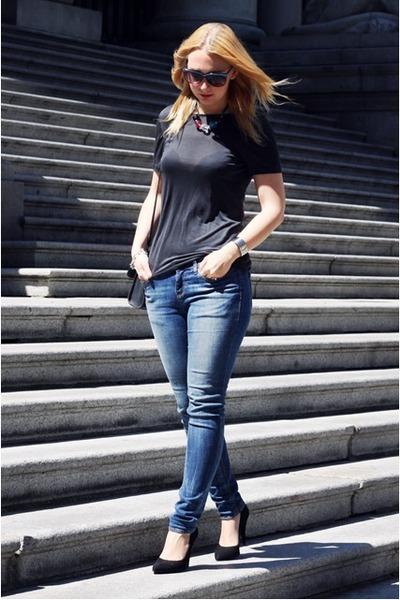 86d1b357dc11 gray Zara t-shirt - sky blue Zara jeans - black pointy toe shoemint pumps
