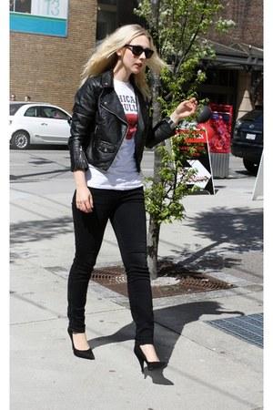 black Zara jeans - black H&M jacket - black shoemint heels