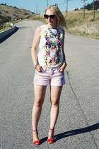 diy tie-dye vintage DIY shorts - floral print H&M top - two tone Zara sandals