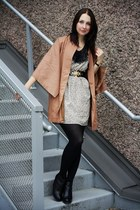 nude kimono asos jacket - off white Peppermint dress - black Dolce Vita wedges