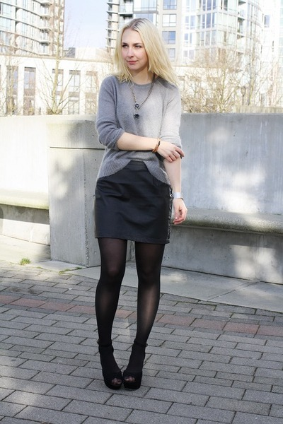 black Forever21 skirt - periwinkle Zara sweater