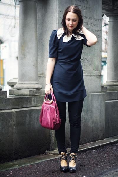 maroon golden details Ri2K bag - dark gray two bows Awear dress
