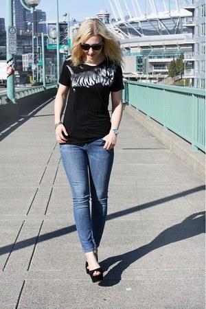 black Zara t-shirt - sky blue Topshop jeans - black Steve Madden heels
